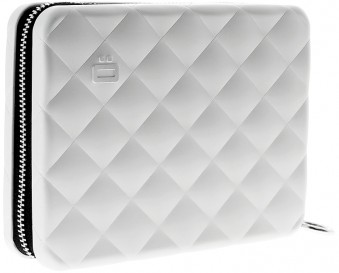Ögon Quilted Passport Wallet Silver